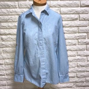 Vineyard Vines Chambray blue popover shirt blouse